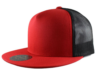Classic snapback with a 5-panel style of stitching.